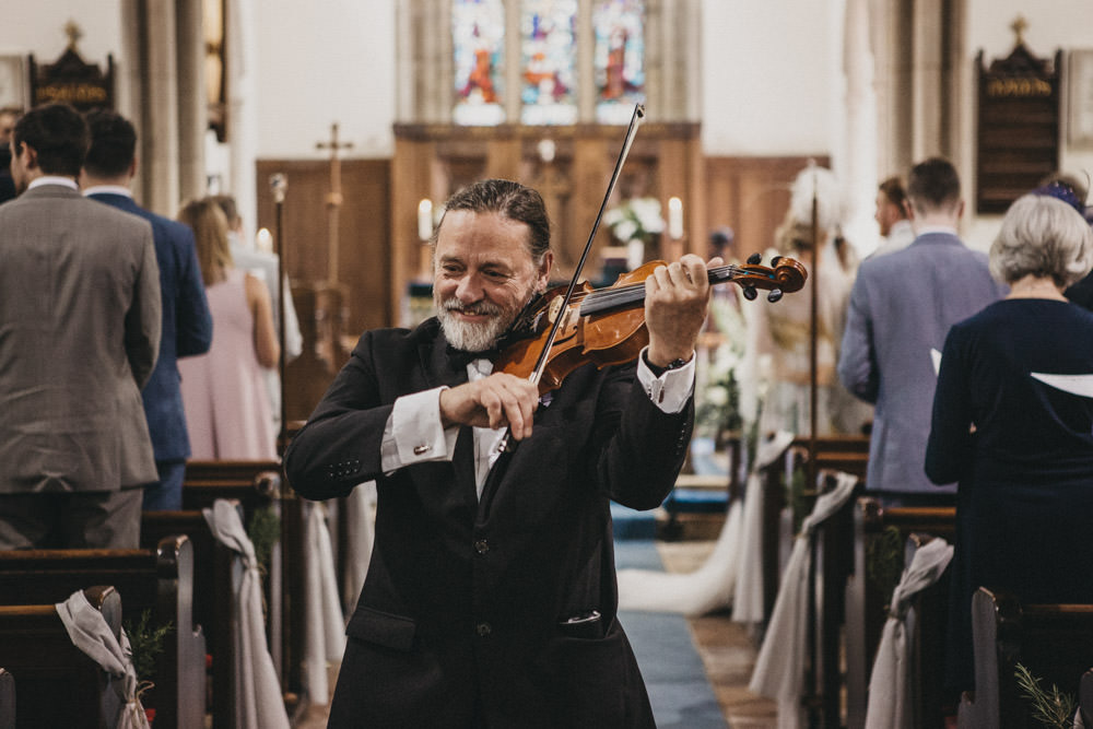 wedding music from violinist in Derbyshire church