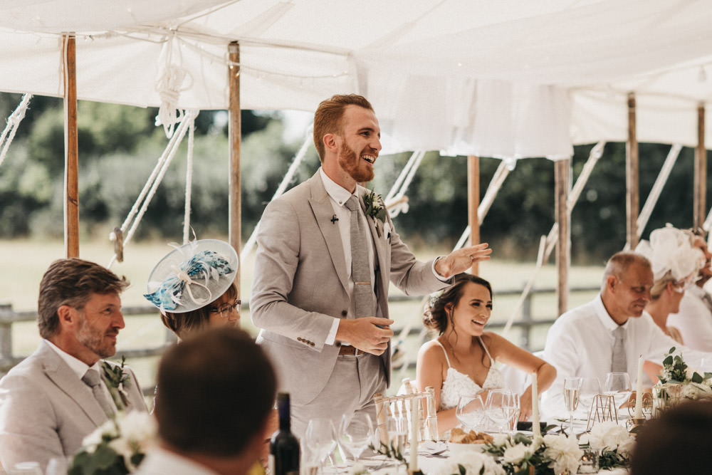 groom wedding speech on top table