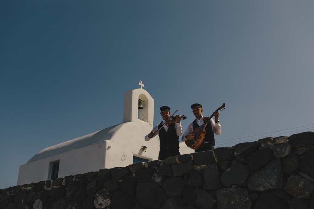 traditional music for Santorini wedding