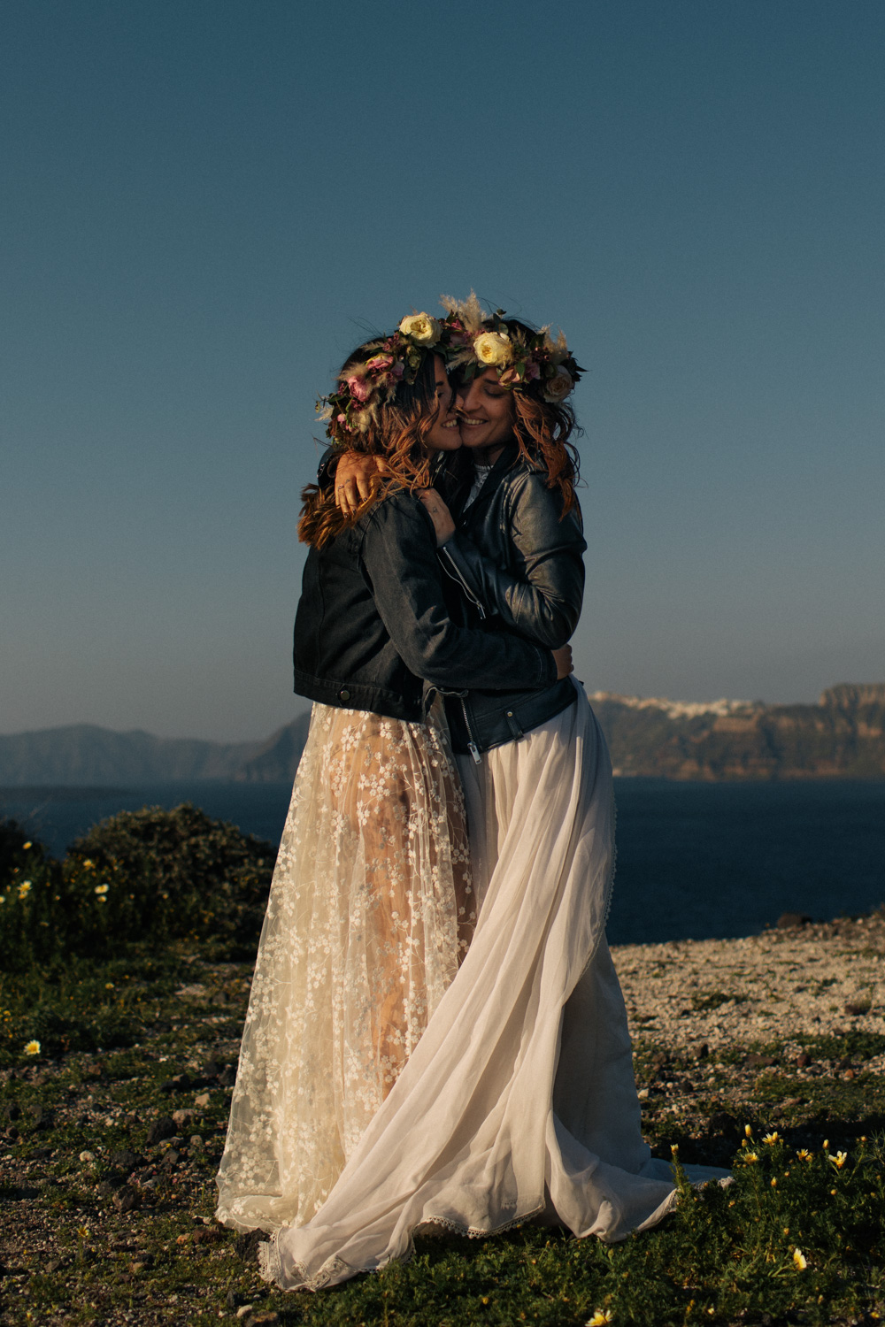 elopement on Santorini